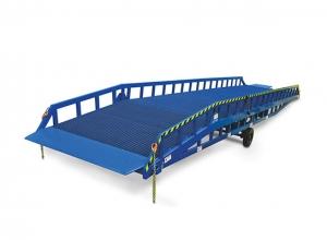 常德必威体育最新版8T移动式登车桥01 货物的安全快速装卸