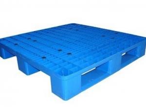 必威体育最新版网格川字塑料托盘 便于货物装卸、运输、保管和配送