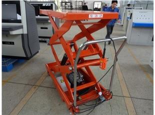 常德必威体育最新版电动手推平台 便于清洁,不易生锈.防滑.