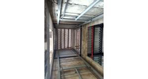 常德长沙桂花坪家具厂安装导轨必威体育在线下载货梯3吨-8.85米安装完毕